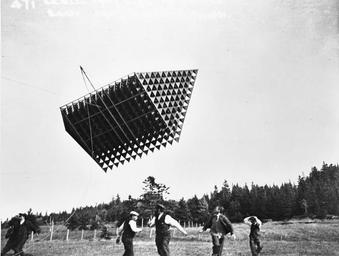 Alexander Bell Kite